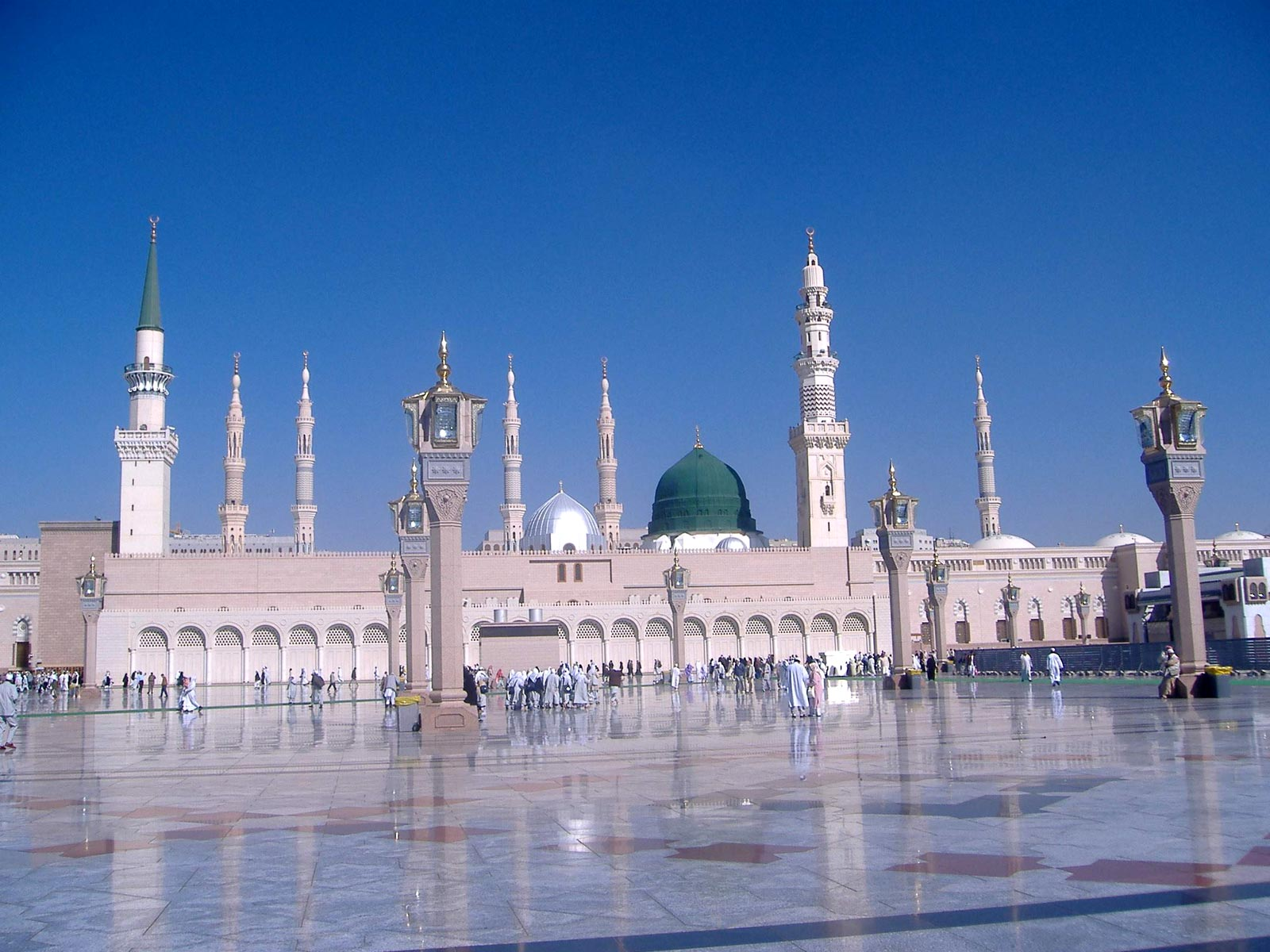 Madina Mosque Wallpapers Free Download