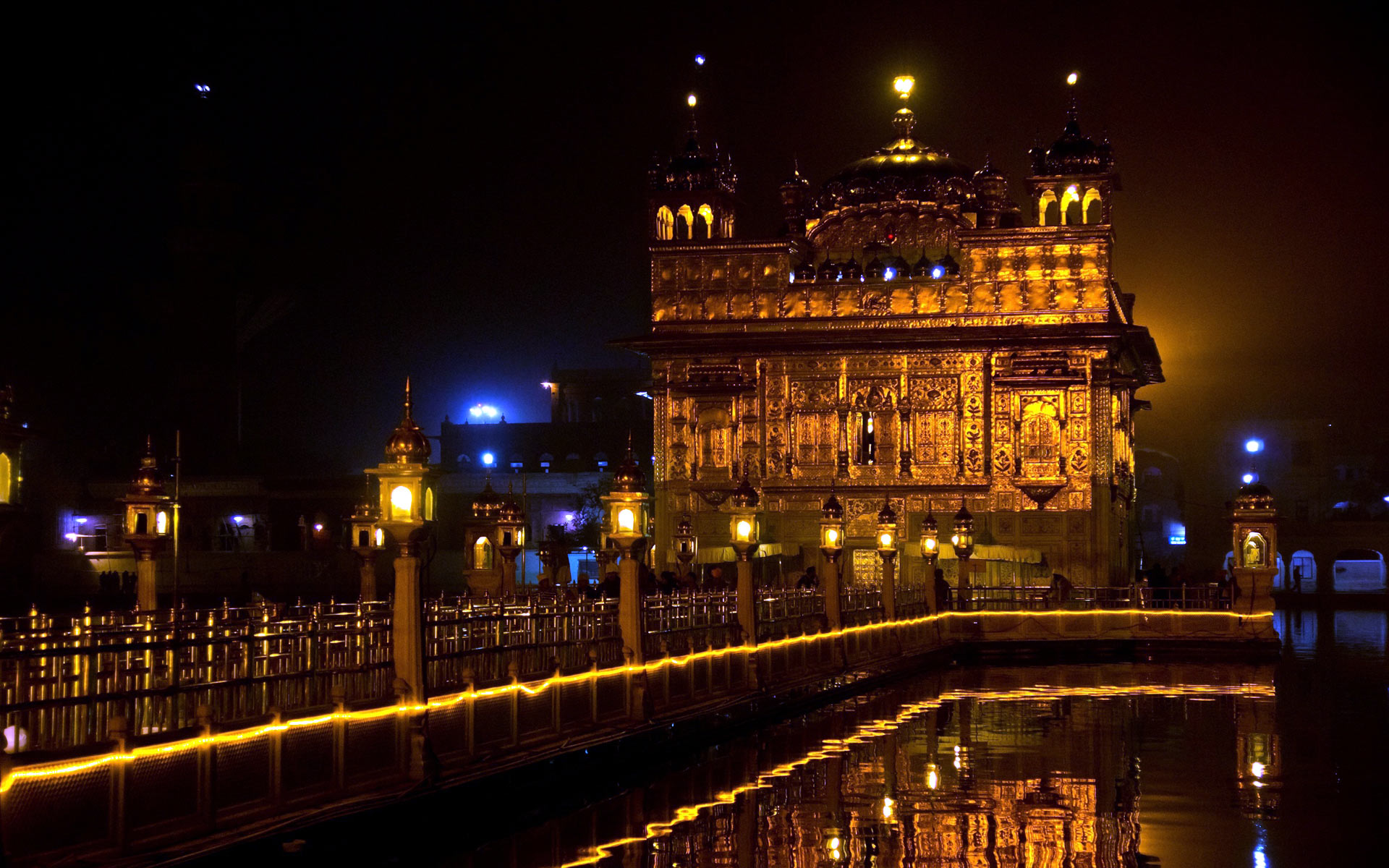Golden Temple Night Hd Wallpaper Free Download